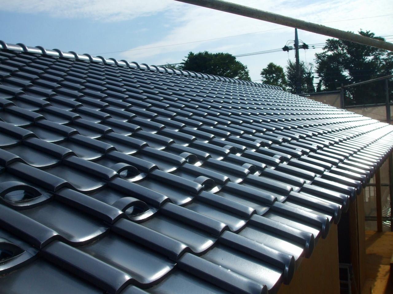自然素材の家注文住宅新井建設の工事ブログ「気候風土にあった瓦屋根」